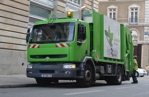 camion feuille érable rennes
