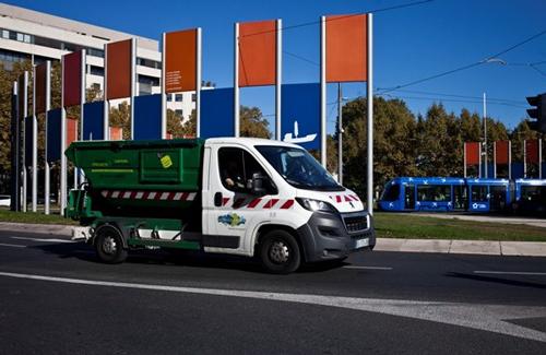 camion feuille d'érable